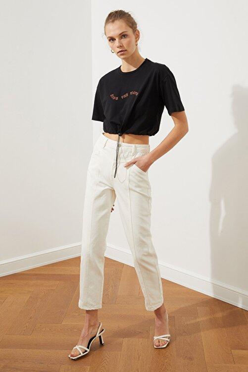 TRENDYOLMİLLA Beyaz Bel Detaylı Yüksek Bel Straight Jeans TWOSS20JE0425 1