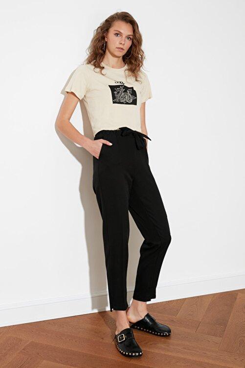 TRENDYOLMİLLA Siyah Bağlama Detaylı Düz Kesim Pantolon TWOSS21PL0496 2