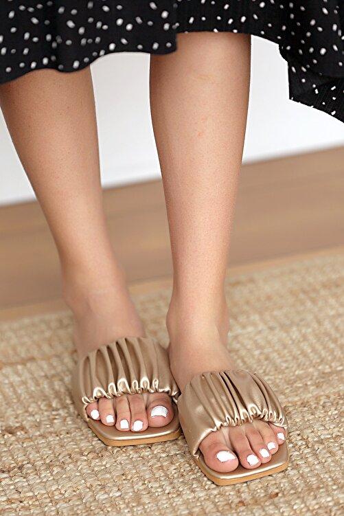 Pembe Potin Kadın Altın Sandalet 1