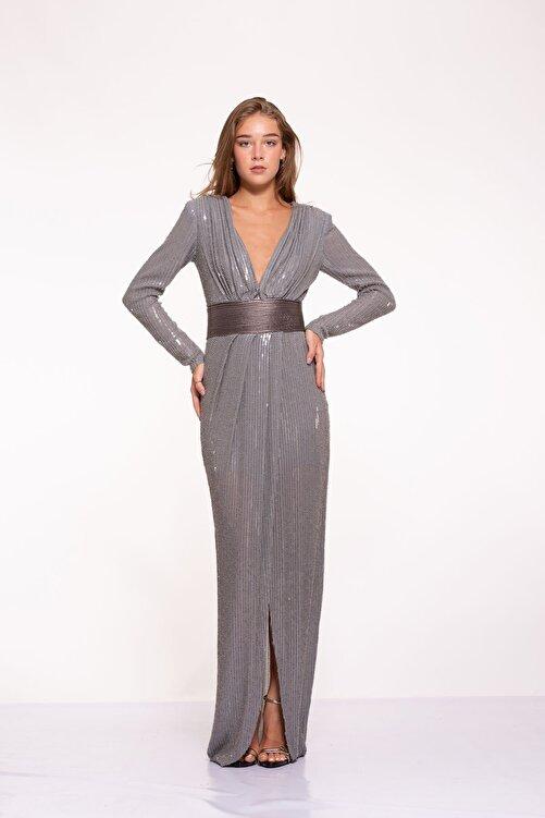 Tuba Ergin Kadın Gümüş Komple Boncuk Ve Payet Işlemeli Deri Kemer Detaylı Maxi Hina Elbise 1