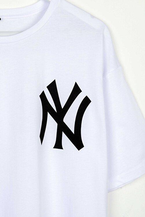 Sekizbiraltı Yankee Baskılı Beyaz Oversize Unisex Tshirt 2