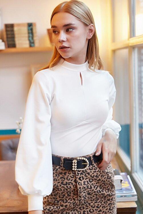 Olalook Kadın Beyaz Önü Damla Balon Kol Krep Bluz BLZ-19000708 2