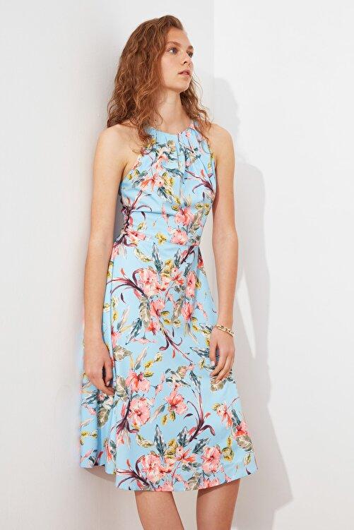 TRENDYOLMİLLA Mavi Volanlı Elbise TWOSS21EL1676 1
