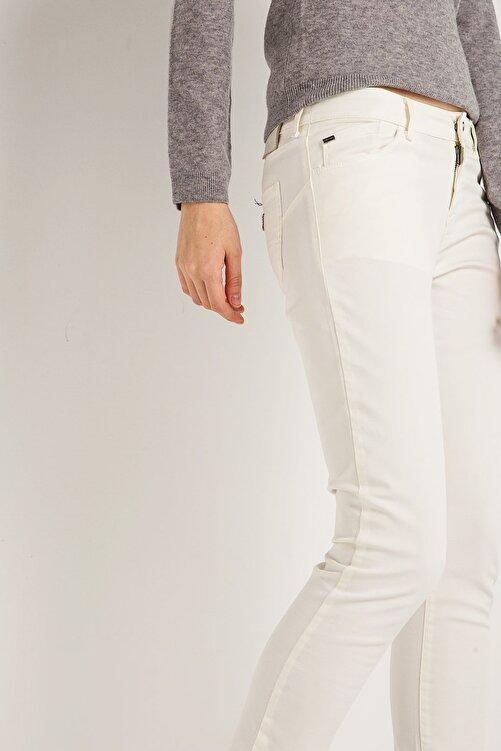 Armani Jeans Kadın Beyaz Pantolon Ss1700002847 2