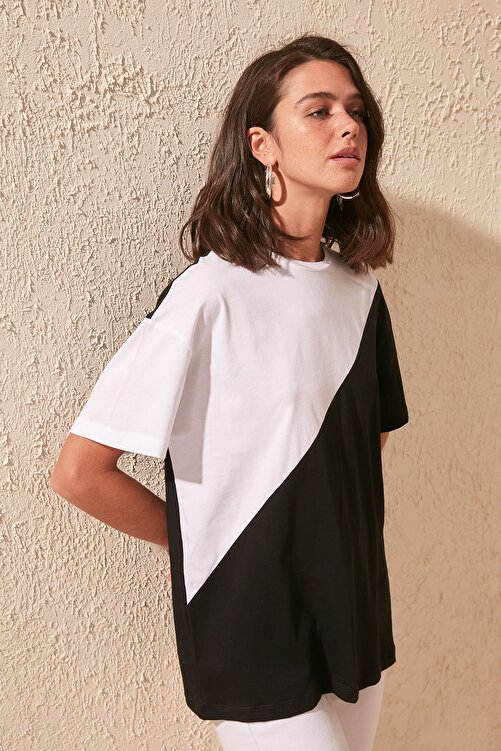 TRENDYOLMİLLA Siyah Renk Bloklu Boyfriend Örme T-shirt TWOSS19GS0048 2