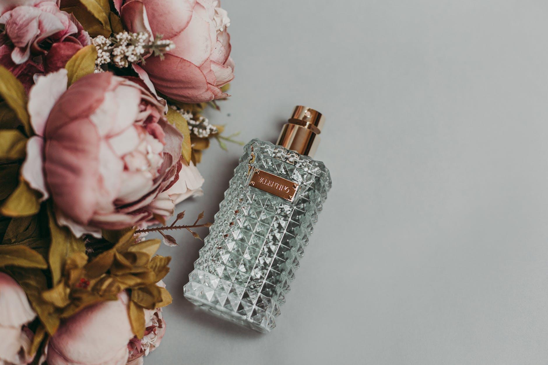 Cosmoland Parfüm Çeşitleri ile Kokunuz İmzanız Olsun!