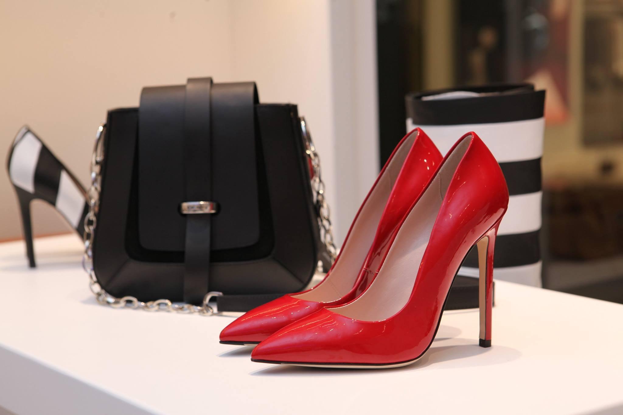 Son Moda Ayakkabı ve Çantalar Trendyol Luvishoes Mağazasında