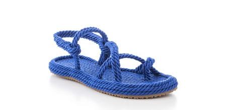 Tarz Giyim için Hasır Sandalet Kombinleri