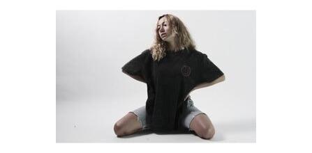 Mevsimsiz ve Zamansız Giyim: Hole Academie