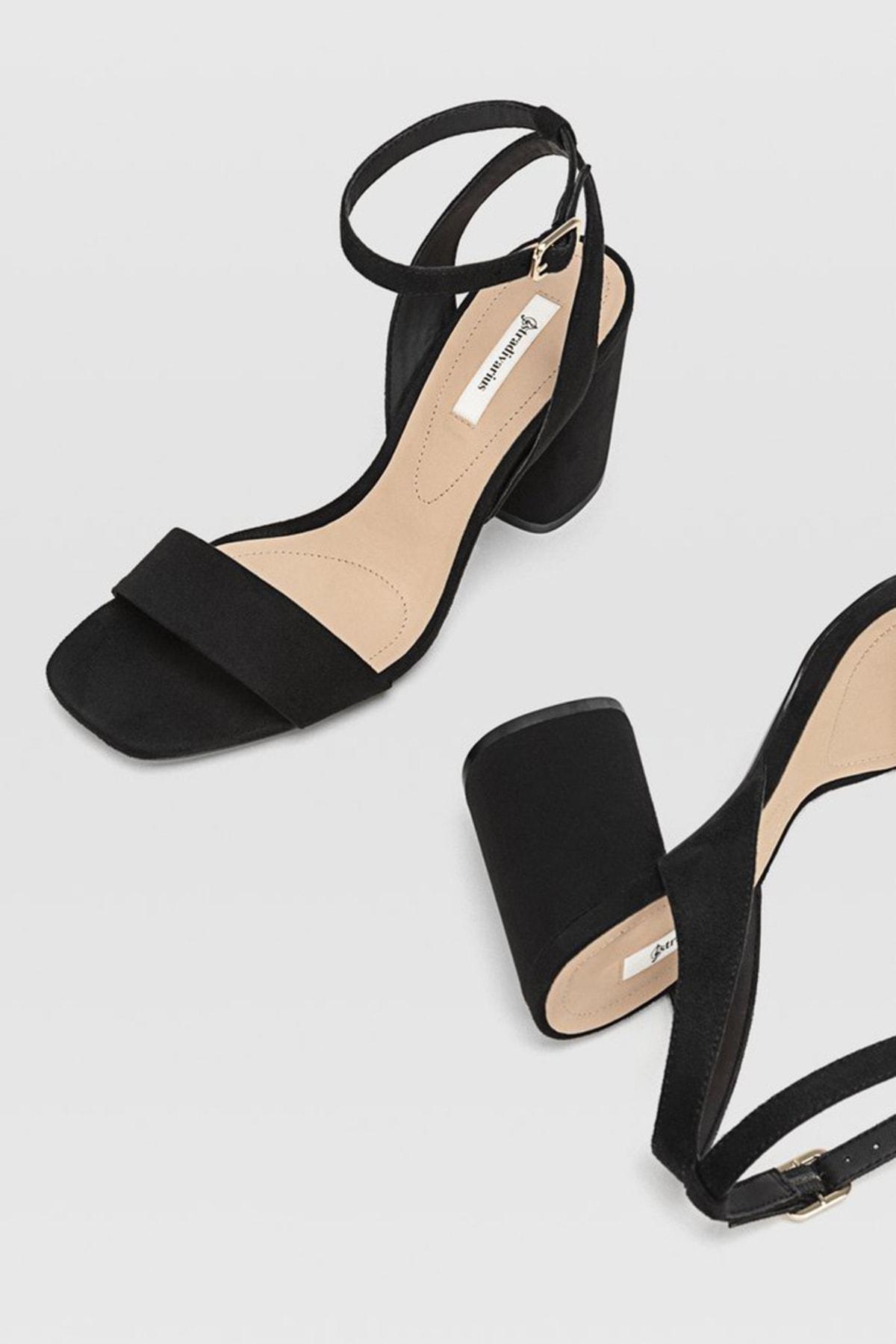 Stradivarius Kadın Siyah Bilekten Bantlı Topuklu Sandalet 19202570 2