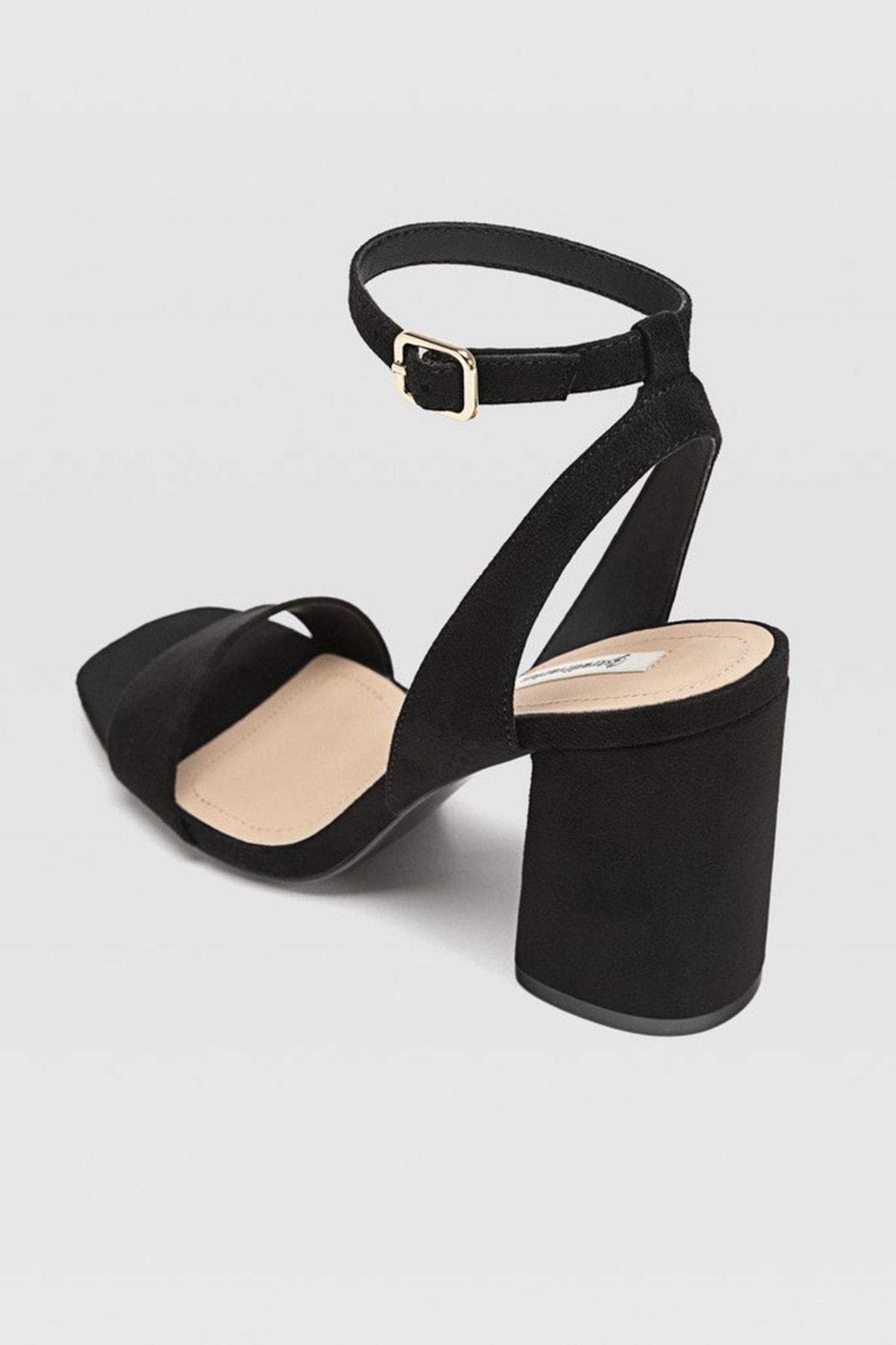 Stradivarius Kadın Siyah Bilekten Bantlı Topuklu Sandalet 19202570 3