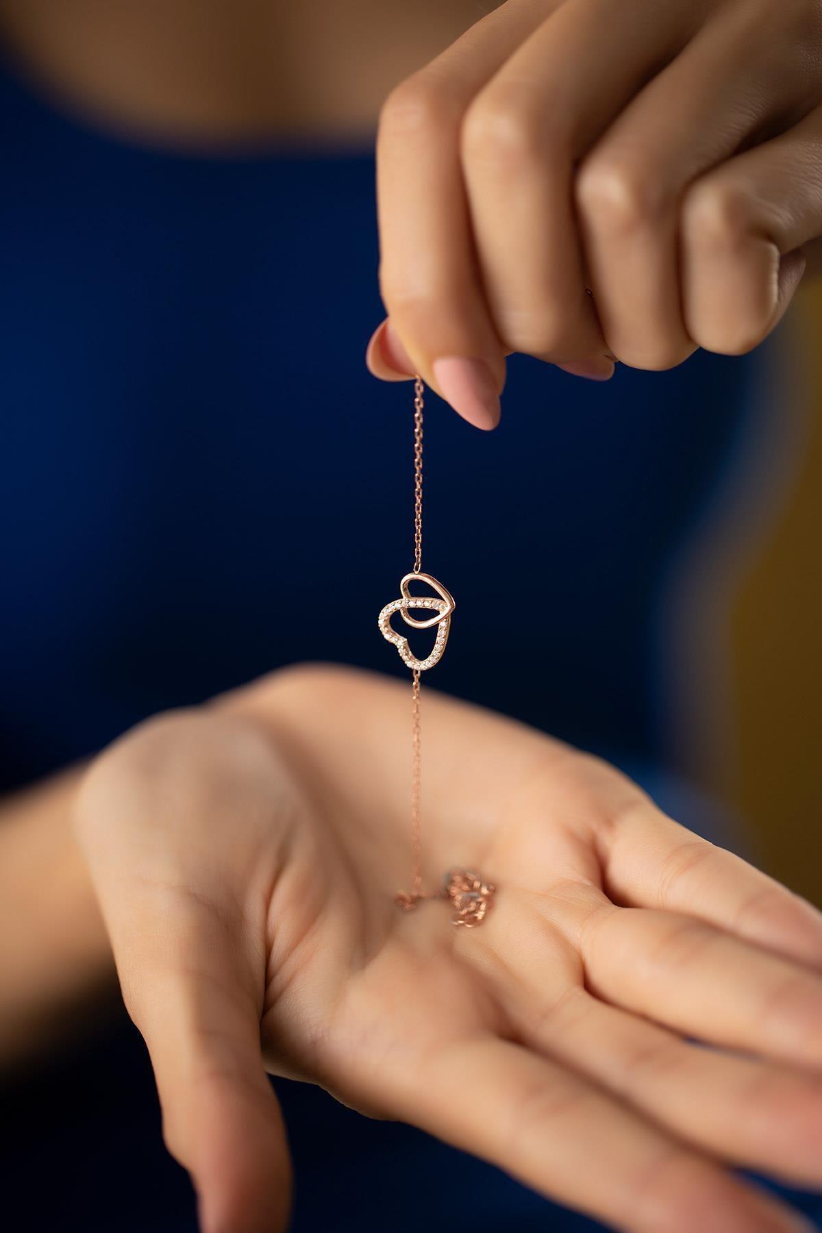 İzla Design Kadın Çift Kalp Model Zirkon Taşlı Rose Kaplama Gümüş Bileklik PKT-TLYSLVR0932 3