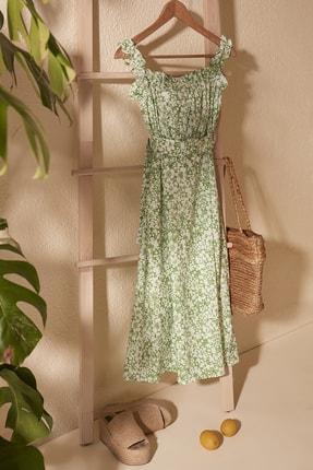 TRENDYOLMİLLA Yeşil Kemerli Büzgü Detaylı Desenli Elbise TWOSS20EL2260 0