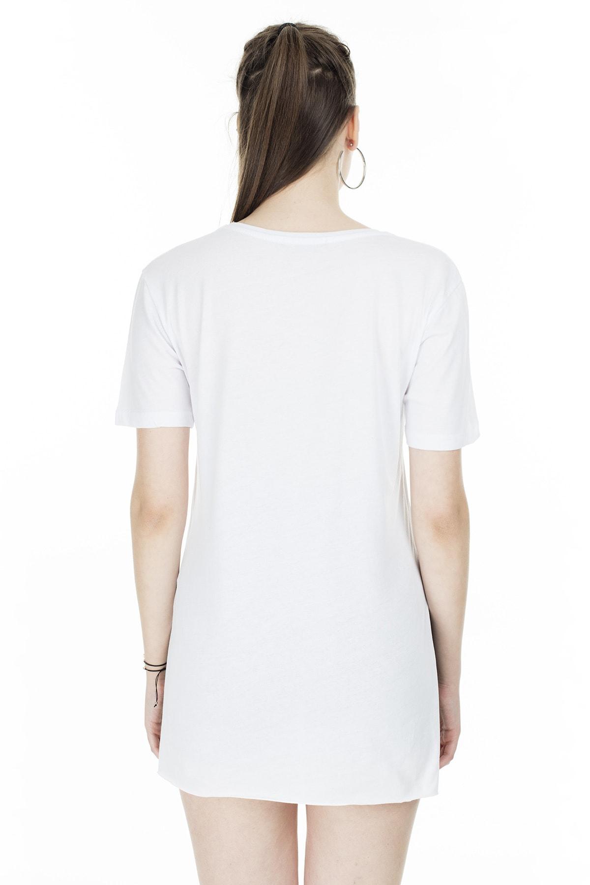 Lela Yırtmaç Detaylı V Yaka T Shirt KADIN T SHİRT 5411062H 1