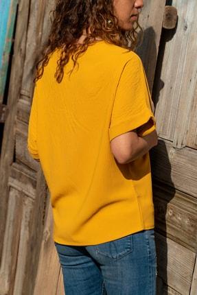 Güneşkızı Kadın Hardal Hasır Düğme Detaylı Salaş Bluz GK-BST2851 1
