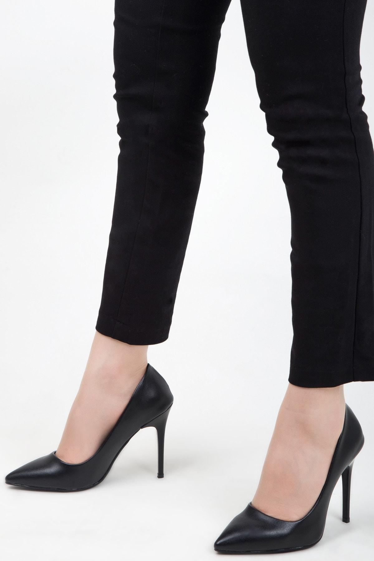 Kadın Cilt Topuklu Ayakkabı Siyah