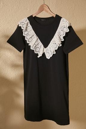 TRENDYOLMİLLA Siyah Dantel Detaylı Örme Elbise TWOSS20EL2819 0