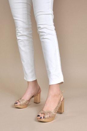 تصویر از Kadın  Bakır Klasik Topuklu Ayakkabı VZN20-042Y