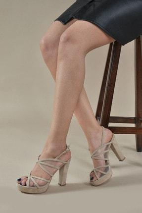 Kadın  Ten-Süet Klasik Topuklu Ayakkabı VZN20-032Y resmi