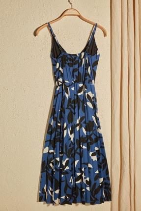 TRENDYOLMİLLA Çok Renkli Çiçek Desenli Örme Elbise TWOSS20EL2729 2