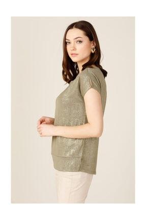 ON Kadın Parlak Kumaş Aksesuarlı Bluz 1
