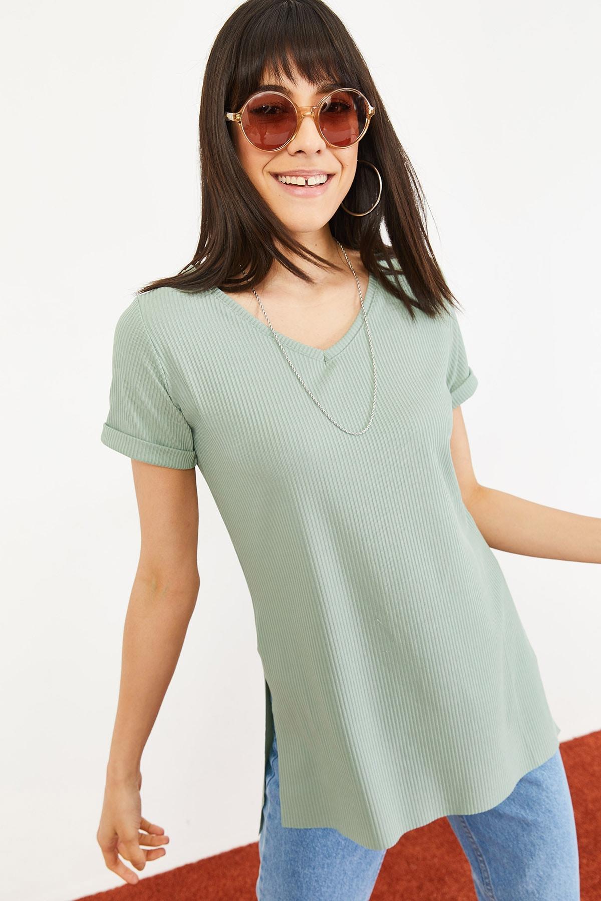 Bianco Lucci Kadın Mint Yeşili Kol Yan Yırtmaçlı Kol Detay Kaşkorse T-Shirt 10051012 0