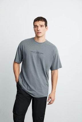 GRIMELANGE FRANK Erkek Gri Önü Baskılı Kısa Kollu Oversize Bisiklet Yaka T-Shirt 1