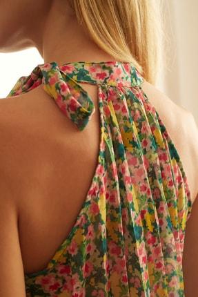 TRENDYOLMİLLA Çok Renkli Çiçek Detaylı Bluz TWOSS20BZ0692 3