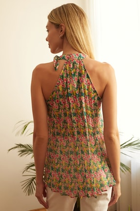 TRENDYOLMİLLA Çok Renkli Çiçek Detaylı Bluz TWOSS20BZ0692 4