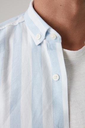 TRENDYOL MAN Mavi Erkek Çizgili Oxford  Slim Fit Gömlek TMNSS20GO0122 3