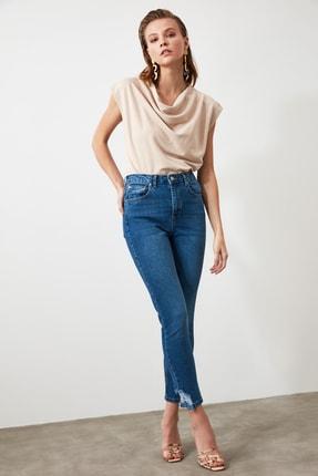 TRENDYOLMİLLA Mavi Paça Detaylı Yüksek Bel Slim Fit Jeans TWOAW21JE0221 1
