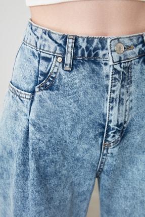 TRENDYOLMİLLA Mavi Cep Detaylı Yüksek Bel Wide Leg Jeans TWOSS20JE0143 3