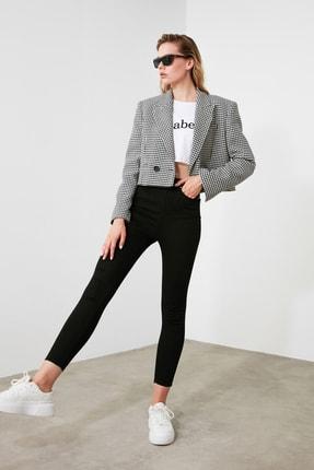 TRENDYOLMİLLA Solmayan Siyah Yüksek Bel Skinny Jeans TWOSS19LR0279 1