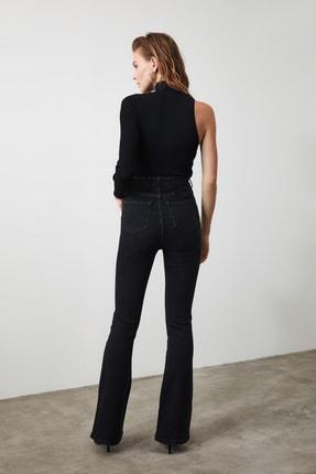 TRENDYOLMİLLA Siyah Önden Düğmeli Yüksek Bel Flare Jeans TWOSS20JE0111 4