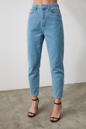 TRENDYOLMİLLA Açık Mavi Yüksek Bel Mom Jeans TWOSS20JE0108 3