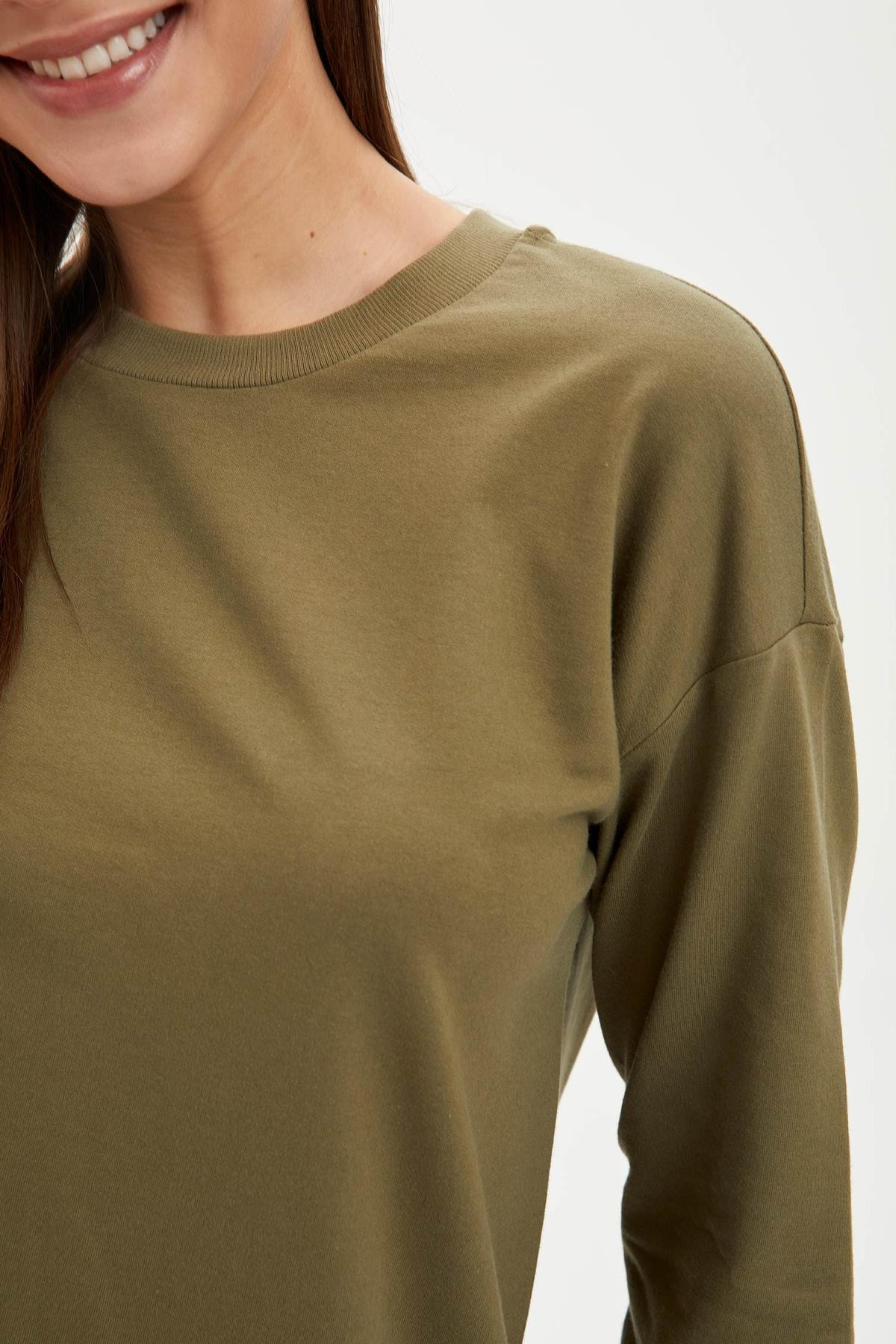 DeFacto Kadın Modest Khakı Relax Fit Basic Pamuklu Sweat Tunik M8670AZ20SP 2