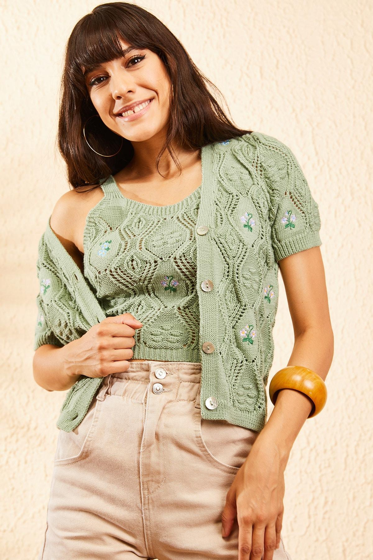 Bianco Lucci Kadın Çağla Yeşili Kadın Nakış İşlemeli Hırka ve Crop Top Bluz Triko Takım 10101032 0
