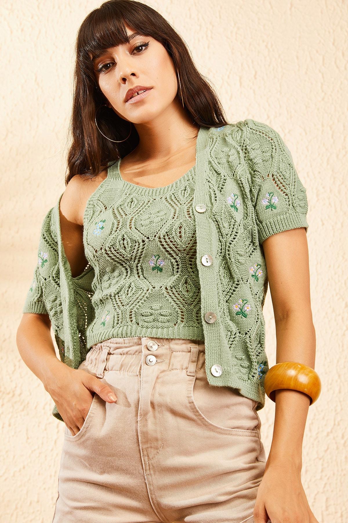 Bianco Lucci Kadın Çağla Yeşili Kadın Nakış İşlemeli Hırka ve Crop Top Bluz Triko Takım 10101032 2