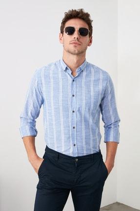 TRENDYOL MAN Saks Erkek Düğmeli Yaka İnce Çizgili Slim Fit Gömlek TMNSS20GO0092 2