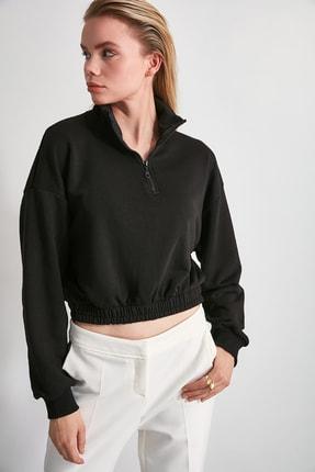 TRENDYOLMİLLA Siyah Sırtı Dokulu Crop Örme Sweatshirt TWOAW20SW0074 1