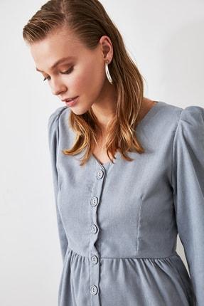 TRENDYOLMİLLA Mavi Düğme Detaylı Kadife Elbise TOFAW19ST0191 2