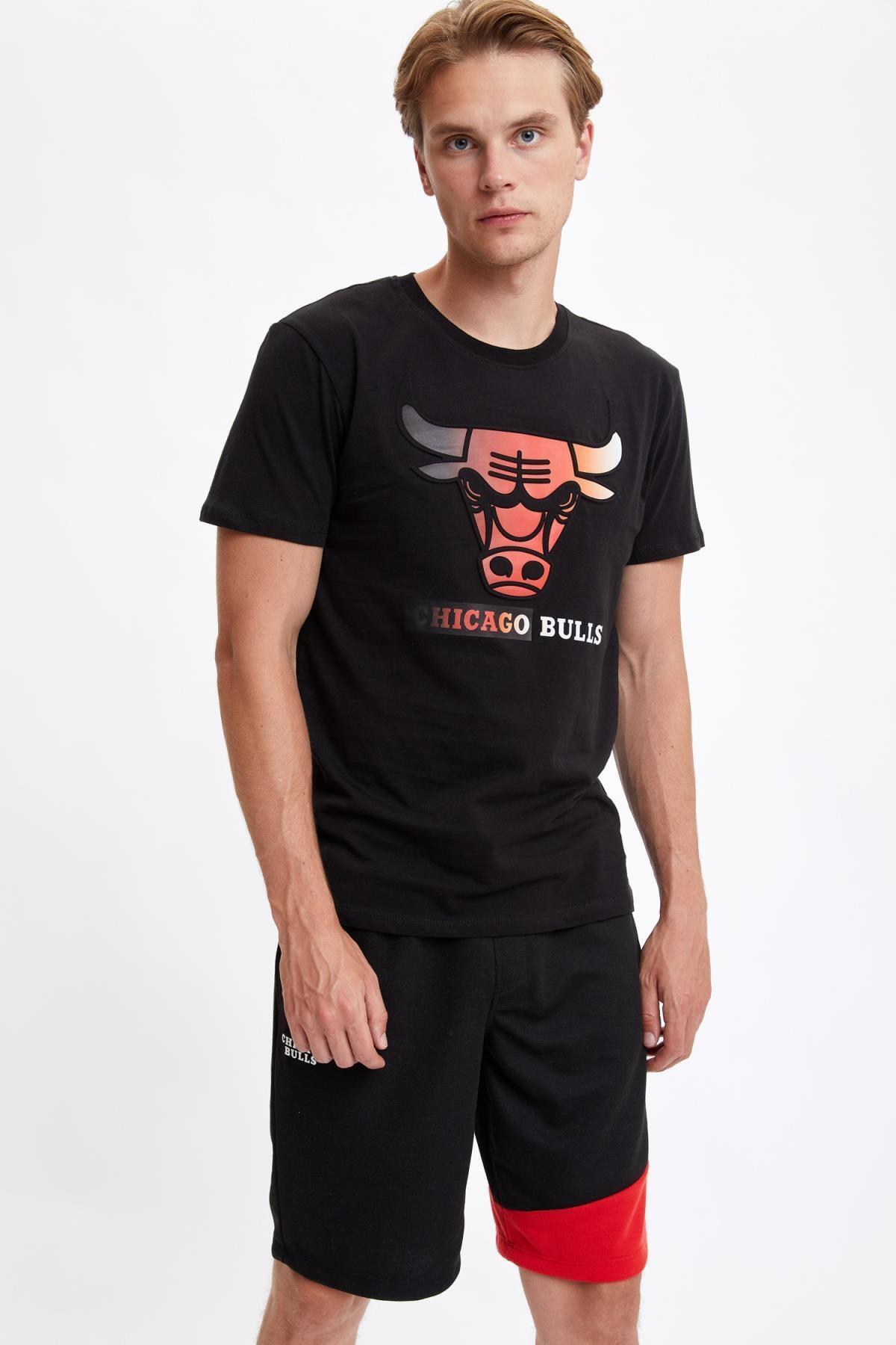 Defacto Erkek Black Red Nba Lisanslı Regular Fit Pamuklu Tişört S5156AZ20HS 2