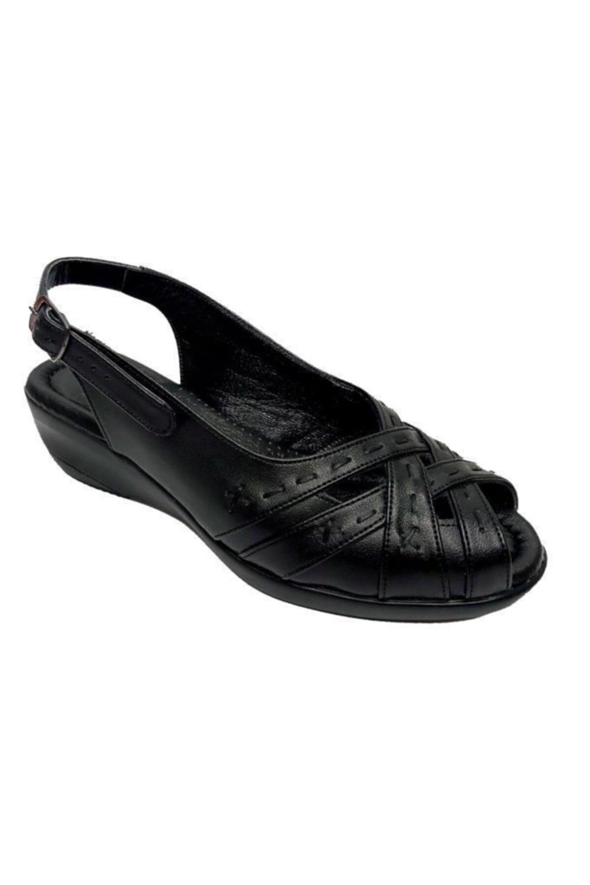 TRUVA Kadın Siyah Dolgu Topuk Sandalet