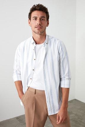 TRENDYOL MAN Beyaz Erkek Düğmeli Yaka İnce Çizgili Slim Fit Gömlek TMNSS20GO0092 0
