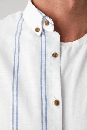 TRENDYOL MAN Beyaz Erkek Düğmeli Yaka İnce Çizgili Slim Fit Gömlek TMNSS20GO0092 2