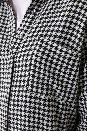 TRENDYOLMİLLA Siyah Kazayağı Ceket Gömlek TWOAW20GO0159 3