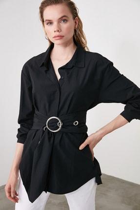 TRENDYOLMİLLA Siyah Toka Detaylı Gömlek TWOAW20GO0099 2