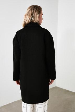 TRENDYOLMİLLA Siyah Önden Düğmeli Oversize Kaşe Kaban TWOAW21KB0005 4