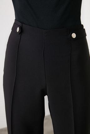 TRENDYOLMİLLA Siyah Çıtçıt Detaylı Önü Dikişli Cigarette Pantolon TWOAW20PL0598 2