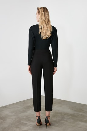 TRENDYOLMİLLA Siyah Çıtçıt Detaylı Önü Dikişli Cigarette Pantolon TWOAW20PL0598 3